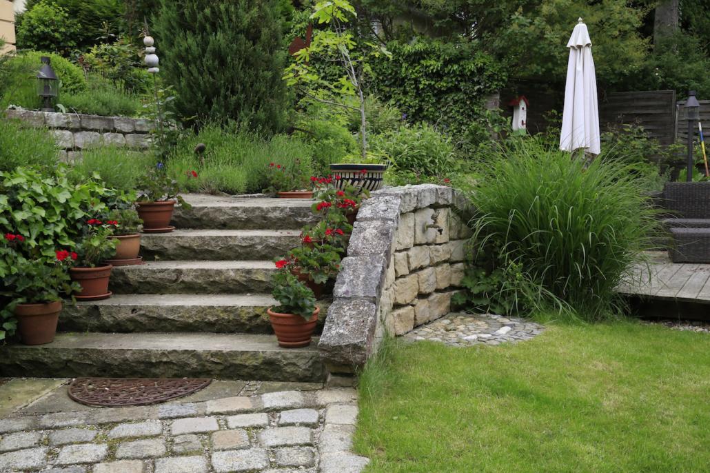 Comment optimiser l am nagement d un jardin en d nivel c t cour c t jardin - Amenagement d un jardin ...